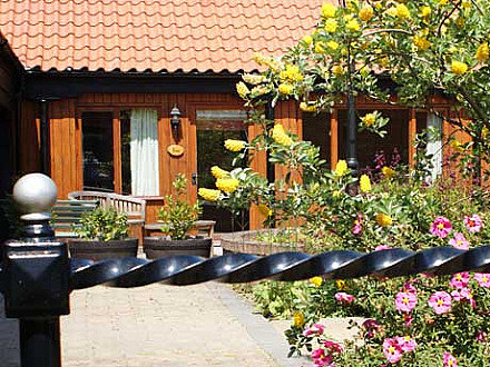 A self catering Lincolnshire cottage at Elms Farm Cottages.